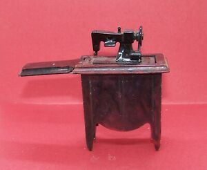 Vintage Dollhouse Sewing Machine Ideal