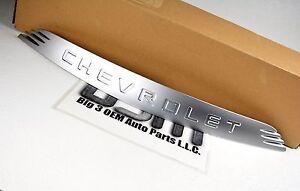 2003-2006 Chevrolet SSR Hood Emblem Nameplate Badge Satin Chrome new OE 15167721