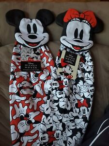 DISNEY MICKEY AND MINNIE MOUSE HANGING KITCHEN TOWEL SET NEW!