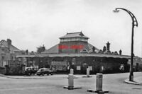 PHOTO  BEXHILL CENTRAL RAILWAY STATION SUSSEX EXTERIOR 1962 LBSCR - LEWES - HAST