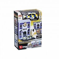 Bburago Build Your City - Police Station Bausatz 1:43 mit 2013 Ford Focus ST