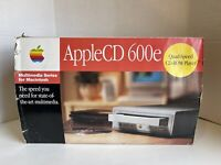 AppleCD 600e External CD-ROM Player Quad Speed M3958LL/A - Apple 1995 - Open Box
