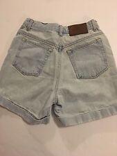 Calvin Klein Women's Size 6 Light Wash Jean Shorts Waist Measures 27 Inches   E8