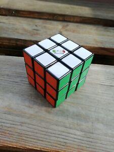 Rubiks cube original sehr guter Zustand
