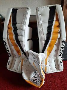 Ice hockey equipment