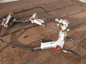 Avid Juicy Carbon Brakeset, titanium bolts