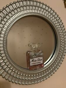 Perfume Mirror