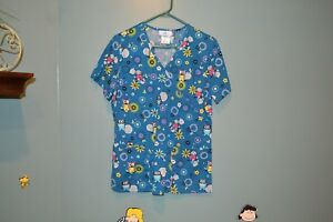 SB SCRUBS TOP Blue with Birds and Flowers S/CH