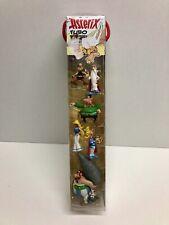 Plastoy 7 figurines Astérix et Obélix neuves dans un tube