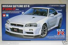 Tamiya 24258 Nissan Skyline GTR R34 V SPEC II Nur BNR34 Nismo LM GT4 Model Kit