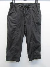 NWOT Fresh Produce black capri zip up draw string pants size M pockets summer