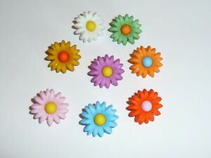 """Flower Power Colorful Daisy Plastic Shank Buttons (8 buttons)  3/4"""" Red Orange"""