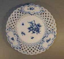 Teller Meissen Durchbruchteller deutsche Blume blaue Blume Insekten Käfer 1880