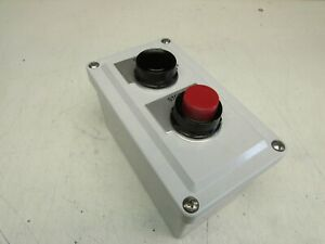 STAHLIN CF2PB PUSHBUTTON ENCLOSURE START/STOP 52PX8A1 AND 52PX8B1 NEW SURPLUS