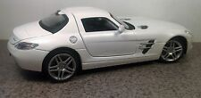 Mercedes-Benz SLS AMG white diecast model supercar Hoffmann 1/24 New