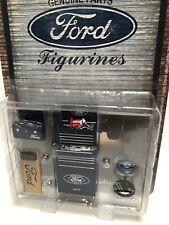 Ford garage set accessories 1/18 to put round car damaged
