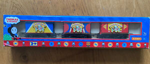 3 x Hornby Thomas & Friends Percy's CIRCUS Vans Trucks OO HO Scale