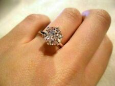 Engagement Ring 925 Sterling Silver Hugs 3.Ct Solitaire Round Moissanite Fancy