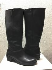 UGG BARTON CROCO BLACK LEATHER EQUESTRIENNE BOOTS US 9.5 / EU 40.5 / UK 8 - NEW