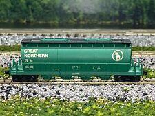 N Scale - AHM Great Northern Covered Hopper w/ MTL Couplers N2272