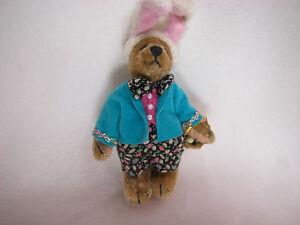 "World of Miniature Bears By Theresa Yang 4"" Plush Eggbert #823 CLOSING Rabbit"