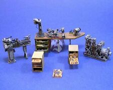 Resicast 1/35 Various UK Machinery and Tools (Figure is included) 352236