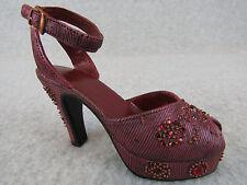 Just The Right Shoe Late For A Date Mint Minature shoe in Original Box W/ Coa