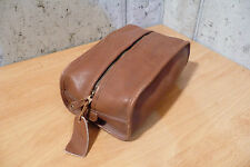 Shaving kit Toiletry bag Shave kit travel byDopp bag, Brown by Buxton men's