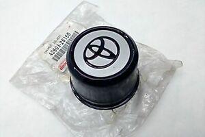New OEM Toyota Hiace 1995-1998 Wheel Center Cap Cover Ornament 42603-26150