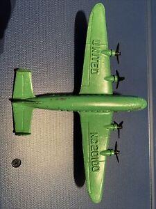 VINTAGE TOOTSIE TOY DIECAST DC-4 UNITED NC20100 SUPER MAINLINER PLANE WHEELS