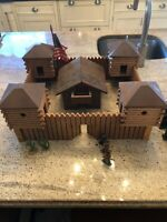 "RARE Mint 1960's FAO Schwarz Wood Fort Set with Box Fort 19"" x17"" x 9"""