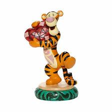 Disney Jim Shore Tigger Holding Heart Heartfelt Hug Figurine Valentines Day New
