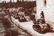 WW1 -  Photo - Chars Renault FT17 à la bataille de Montdidier en août 1918