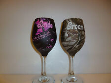 Camouflage bride and groom wine glasses