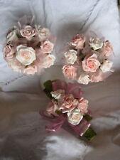 Medium fragranced cinnamon sticks with latex roses PAPK
