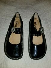 Black Alegria Shoes Size 37 By PG Lite. Nice Looking Shoes. See Pictures.