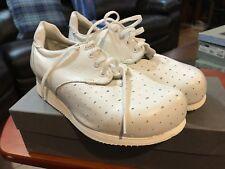 NIB P.W. MINOR Extra Depth White Orthopedic Lace Occupational Shoe Size 8 2E