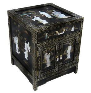 Oriental furniture Chinese end table black lacquer
