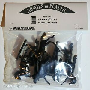 Armies in Plastic 7x Running Horses (No Riders, No Saddles) 1/32 Scale (54mm)