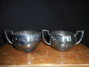 Vintage Oneida Silversmith's Silver Plated Creamer and Sugar Bowl tarnished