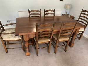 Oak Refectory Dining Table With 6 Chairs.
