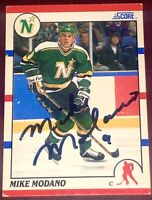 Mike Modano former Dallas Stars NHL HOF auto autograph signed SCORE hockey card