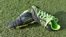 Chaussures de Foot Garçon noir/vert avec crampon UMBRO P.33