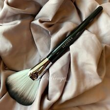 SEPHORA COLLECTION PRO #92 Featherweight Fan Brush powder highlighter contour