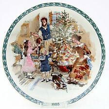 Vintage Wedwood Victorian Christmas Plate Finnie Decorating Christmas Tree 1988