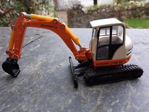 Siku 3521 1/50 Scale Schaeff HR32 Crawler Excavator Boxed