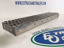 Peterbilt 579 Battery Box Lower Replacement Step - Ultra Heavy Duty 384 386 387