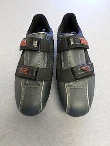 Diadora black and dark gray, cycling shoes. Men's 7 (eur 40)