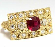 Bagues avec pierre précieuse rubis diamant