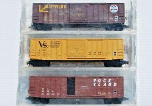 RI, VS, VC.  Set of 3 x N Scale 50' Rib Side Box Cars. Kadee/Micro Trains